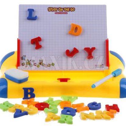 Magnetická tabule s písmeny, číslicemi a tvary
