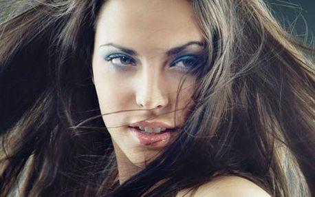 Mytí, moderní střih, regenerace vlasů Biolage-Mat...