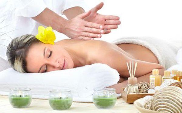 Hodinová masáž dle vašeho výběru z deseti masáží!
