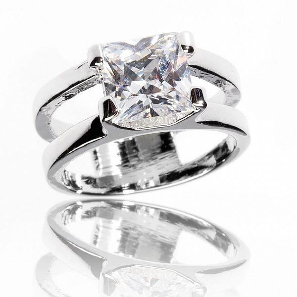 Dámský stříbrný prsten Bague a Dames s bílým krystalem
