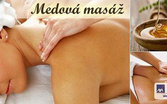 Doslova dokonalá Detoxikační medová masážna45 minut! Uvolněte se ve vyhlášeném Relax Salonu Sen!