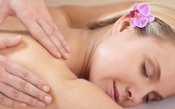 Havajská masáž Lomi-lomi v délce 90 minut