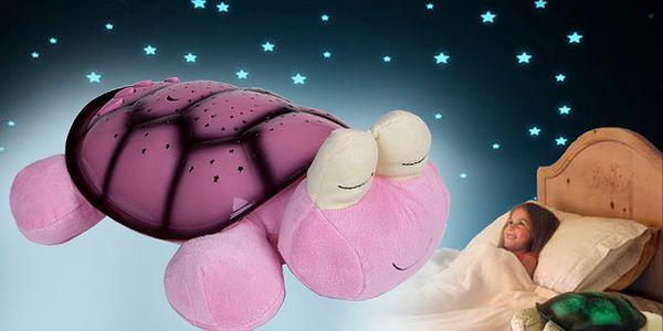 Magická svítící želva promění každý dětský pokoj v nádhernou noční oblohu
