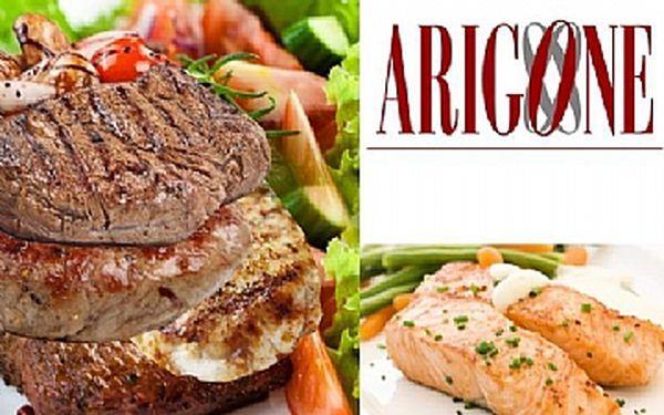Specialita arigone - labužnická masová pyramida či steak z lososa
