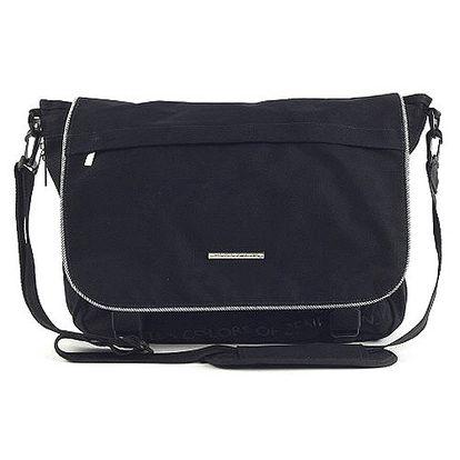 Elegantní taška přes rameno z exkluzivní kolekce Benetton, barva černá. Akční sleva na celý sortiment