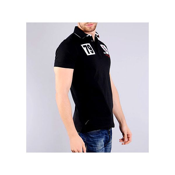 Černá polo košile