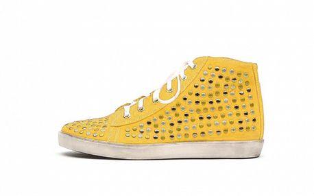 Dámske žlté kotníkové tenisky s cvočkami Queen Cult