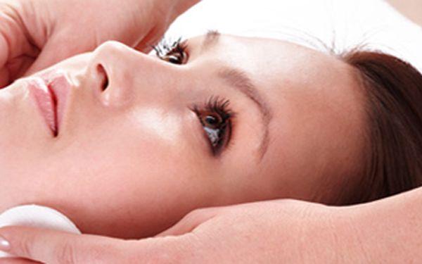 Komplexní kosmetické ošetření pleti - sensitive - dodá výživu pokožce a rozjasní Vaši pleť. Vhodné pro všechny druhy pletí.