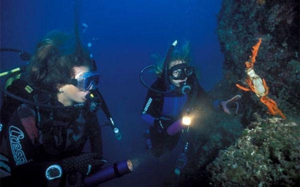 Aktivní dovolená CHORVATSKO - Týdenní kurz potápění na ostrově Brač za bezkonkurenční cenu 2990 Kč! s potapěčskou licenci!