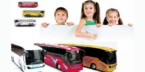 Báječných 155 Kč za perfektní kovovým autobus, který startuje, hraje a svítí. Autobus je tak dokonalý, že si s ním vyhrají nejen děti, ale i tatínkové.