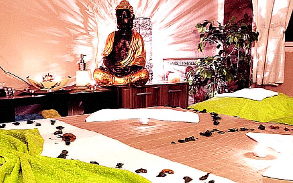 Luxusní horká čokoládová masáž vč. zábalu a peelingu
