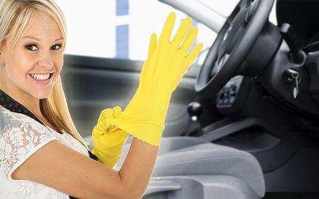 Profesionální tepování interiéru auta