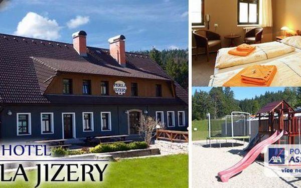 JIZERSKÉ HORY - Prázdniny v nově zrekonstruovaném hotelu Perla Jizery v Jizerských horách na osm dní. Bohaté snídaně, večeře, návštěva sauny, Babylon v Liberci, bobová dráha v Janově a mnoho dalšího.