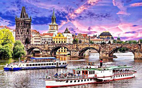 Plavba vyhlídkovou lodí po Vltavě. 2 hodiny romantiky s bohatým rautem za 490 Kč!