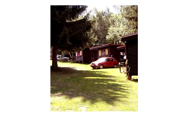 Rodinná dovolená v JIŽNÍCH ČECHÁCH, v oblasti přírodního parku Česká Kanada! Týdenní pobyt pro 4 osoby v rekreačních chatkách ve STRMILOVĚ