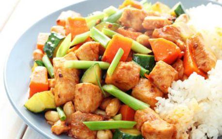 Dvě porce skvělé kuřecí číny pro dva s rozvozem