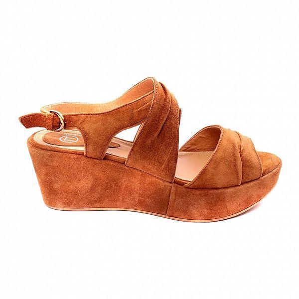 Dámske karamelové sandálky s platformou Bagatt