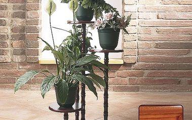 Dřevěný květinový stolek. Pohodlně na něj umístíte 4 květináče.