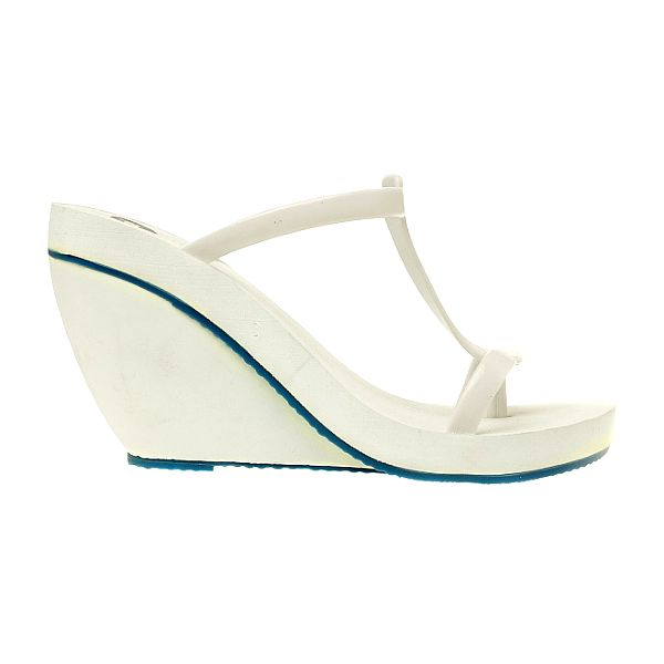 Dámské bílé pantofle Mel na vysokém klínu
