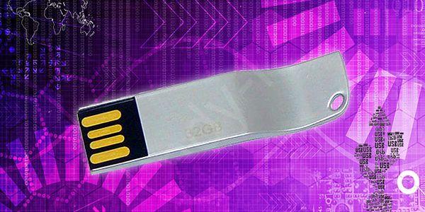 USB flash disk 32GB včetně poštovného