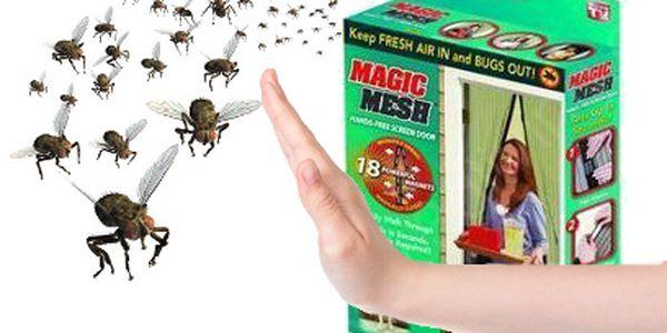 Samozavírací síť proti hmyzu za 150 Kč! Jednoduché upevnění na dveře!