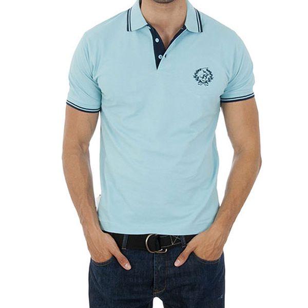 Světle modré polo tričko