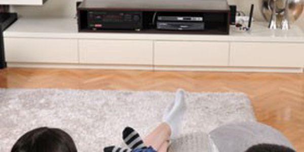 Satelitní TV včetně HD přijímače, dekódovací karta, odborná instalace na místě & další výhody – po celé ČR