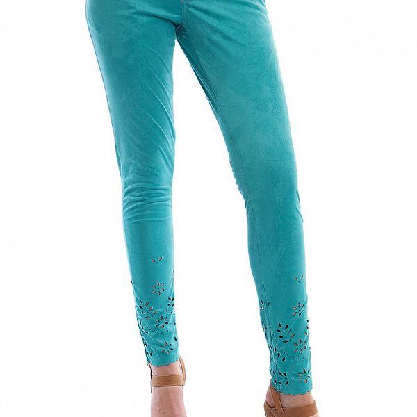 Dámske tyrkysové nohavice s čipkovaným lemom