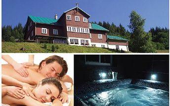Báječný 3 denní pobyt v Krkonoších pro 2 osoby včetně snídaně a vstupem do wellness jen za 2 490 Kč! Ubytujte se v klidném prostředí Krkonošského národního parku se slevou 47%!