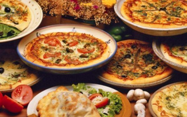 Vyhlášené TAKE AWAY: 22 druhů skvělých pizz, 8 druhů báječných těstovin, křidýlka, stehýnka, kuskus, gyros a mnohem více specialit v Papej Express!