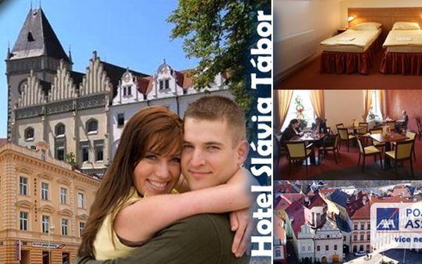 Jižní Čechy - relaxace pro milovníky historie a přírody! Pobyt pro 2 osoby na 3 dny v hotelu Slávia Tábor s bohatými snídaněmi a mísou ovoce na pokoji. Děti do 6 let zdarma! Užijte si dovolenou v jihočeském městě se slavnou historií !!!