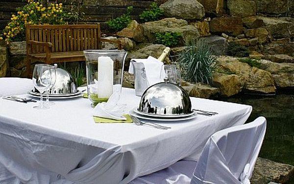 Luxusní privátní večeře u jezírka pro dva