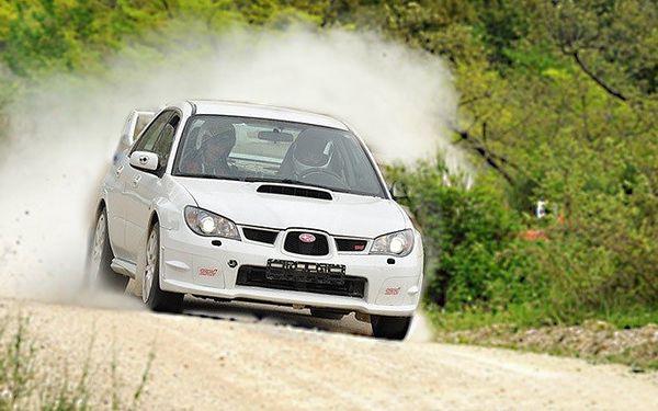 Jízda v Subaru Impreza WRX STi na rallycrossové trati v sedlčanské Kotlině
