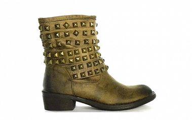 Dámske béžovo-čierne žíhané nízke čižmy s cvočkami Shoes in the City