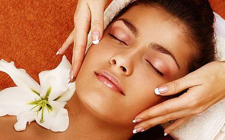 Aplikace pleťového séra jannsen a speciální liftingová masáž. Vypnutí, hloubková obnova pleti a relax v jednom!
