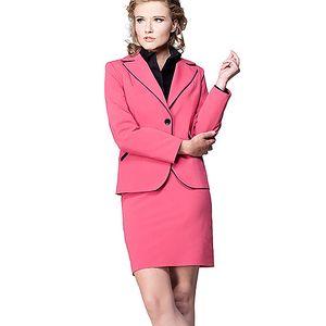 Růžový kostým
