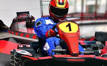 Zkuste pořádný adrenalin s příchutí benzínu, závodní motokáry pro muže či klučinu!