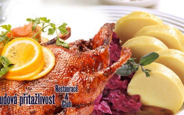Jen 215 Kč za 2,2 kg PEČENÉ KACHNY až pro 5 osob + NEOMEZENÉ MNOŽSTVÍ ZELÍ a KNEDLÍKŮ (houskové, bramborové nebo špekové), co Vaše hrdlo ráčí jen za 50 Kč na osobu! Porce pro opravdové jedlíky přímo v centru Prahy!