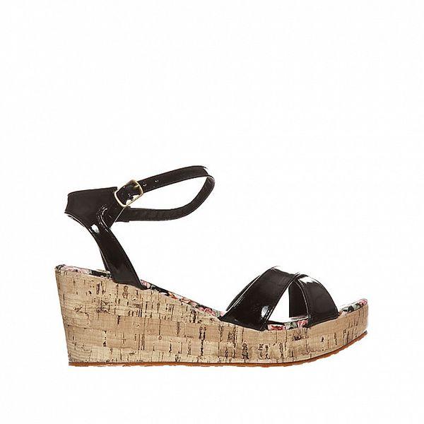 Dámské černé lakované sandály Yook For You
