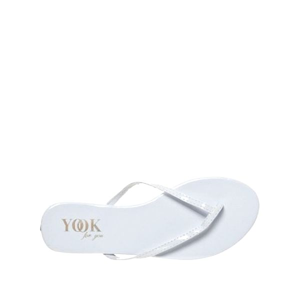Dámske biele lakované žabky Yook for you