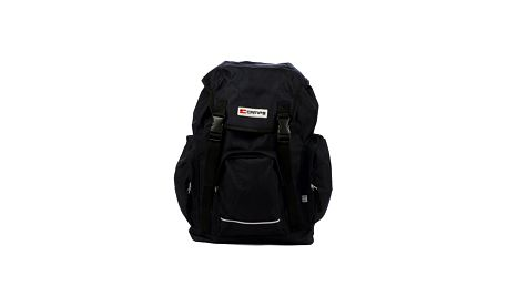Čierny batoh s prackami Artvi