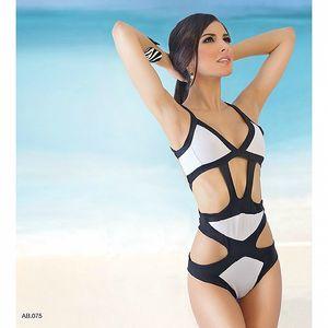 Dámské černo-bílé trikini s prostřihy Amelia Botero