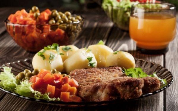 U ČESKÝCH PÁNŮ!! Veškerá jídla dle vašeho výběru z celého jídelního lístku + speciální nabídku v restauraci na ulici Vodičkova v centru P-1! Pravý staročeský kulinářský zážitek!!