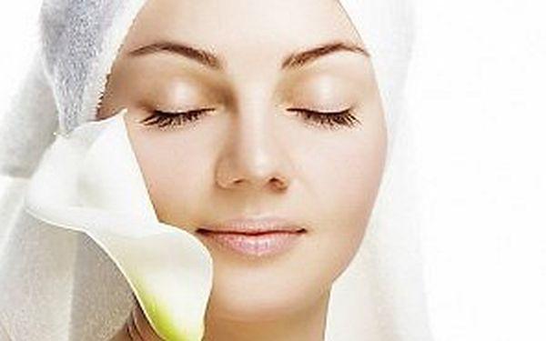Ultrazvukové čištění pleti včetně křišťálové kolagenové masky na obličej