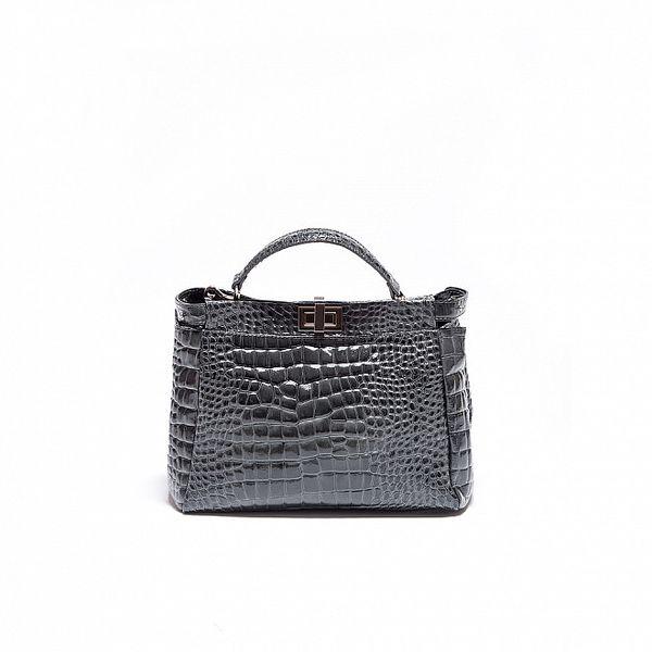 Dámska šedá lakovaná kabelka Roberto Minelli s hadiam vzorom