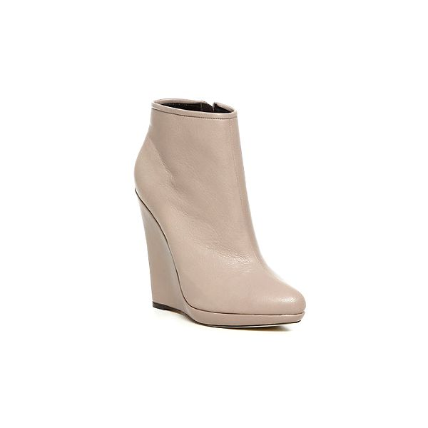 Světle béžové trendy boty s vysokou platformou Bourne