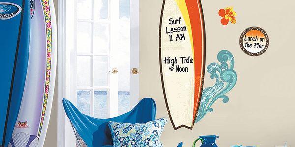 Samolepka na zeď Surf Up Dry Erase z 11 dílů, které si poskládáte dle vlastní představy a estetického oka.