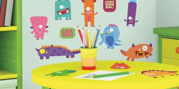 Nálepky na zed príšerky změní dětský pokoj v mžiku k nepoznání.