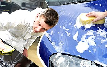 Pořádné ruční vyčištění vašeho auta