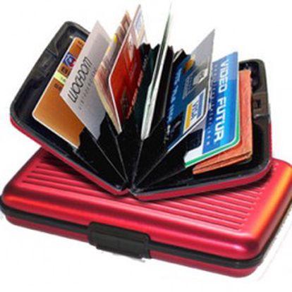 Pouhých 89 Kč za praktické pouzdro na doklady! Díky tomuto velmi lehkému pouzdru budete mít všechny doklady uspořádané do přihrádek. Již nemusíte karty hledat dlouze v tašce nebo kabelce.